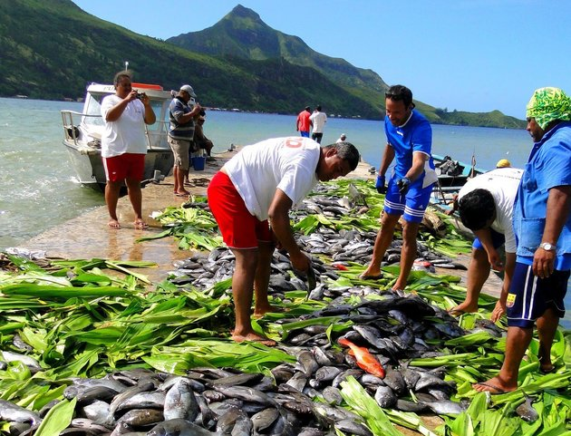Local fishermen in the Austral Islands