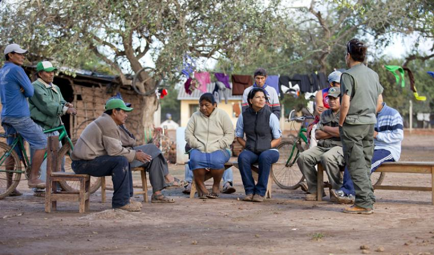 Enlisting the Guaraní community in the crusade to save biodiversity in the Gran Chaco. Photo: www.iucn.org