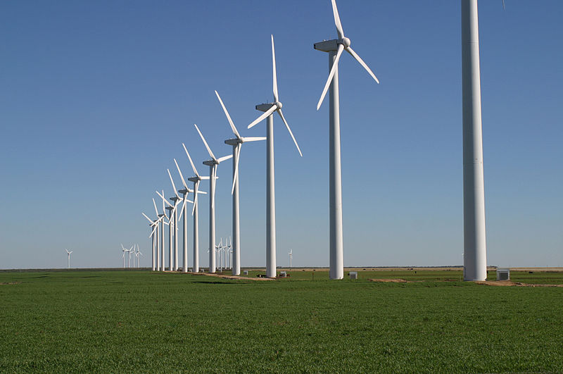 Wind turbines on a farm in Texas. Researchers in Germany are attempting to make turbines even more efficient with steel blades