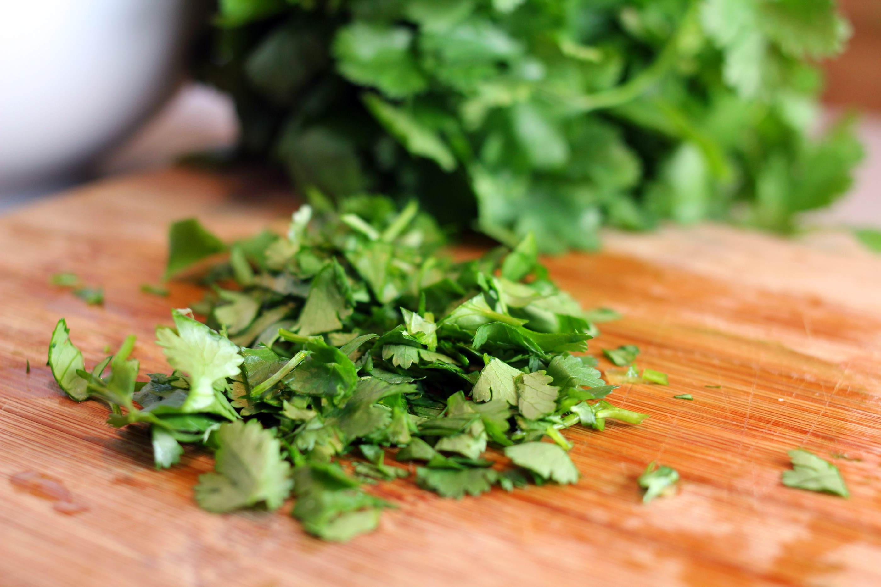 Many Mexican farms providing the U.S. with cilantro tested positive for parasites that case Cycloporasis.