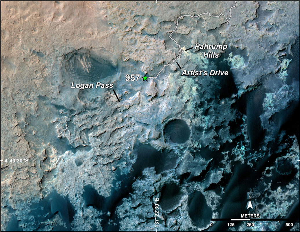 The green star pinpoints where the Mars rover Curiosity was when scientists decided to detour