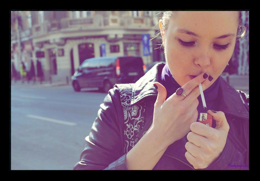 smoking, credit: blackpurplex, deviantart.com
