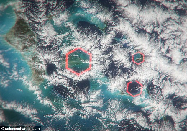 Hexagonally-shaped clouds over the Bermuda Triangle suggest the presence of 'air bombs,' otherwise known as microbursts.