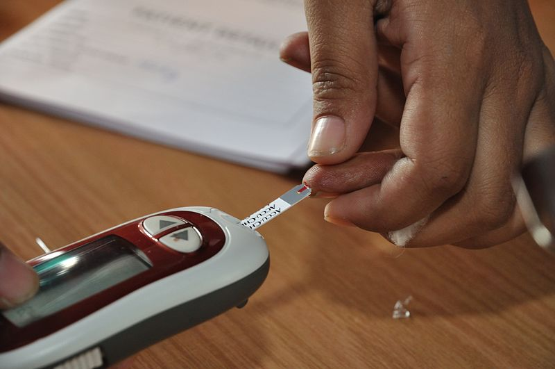 Blood glucose testing by blood glucose meter. Credit: Biswarup Ganguly