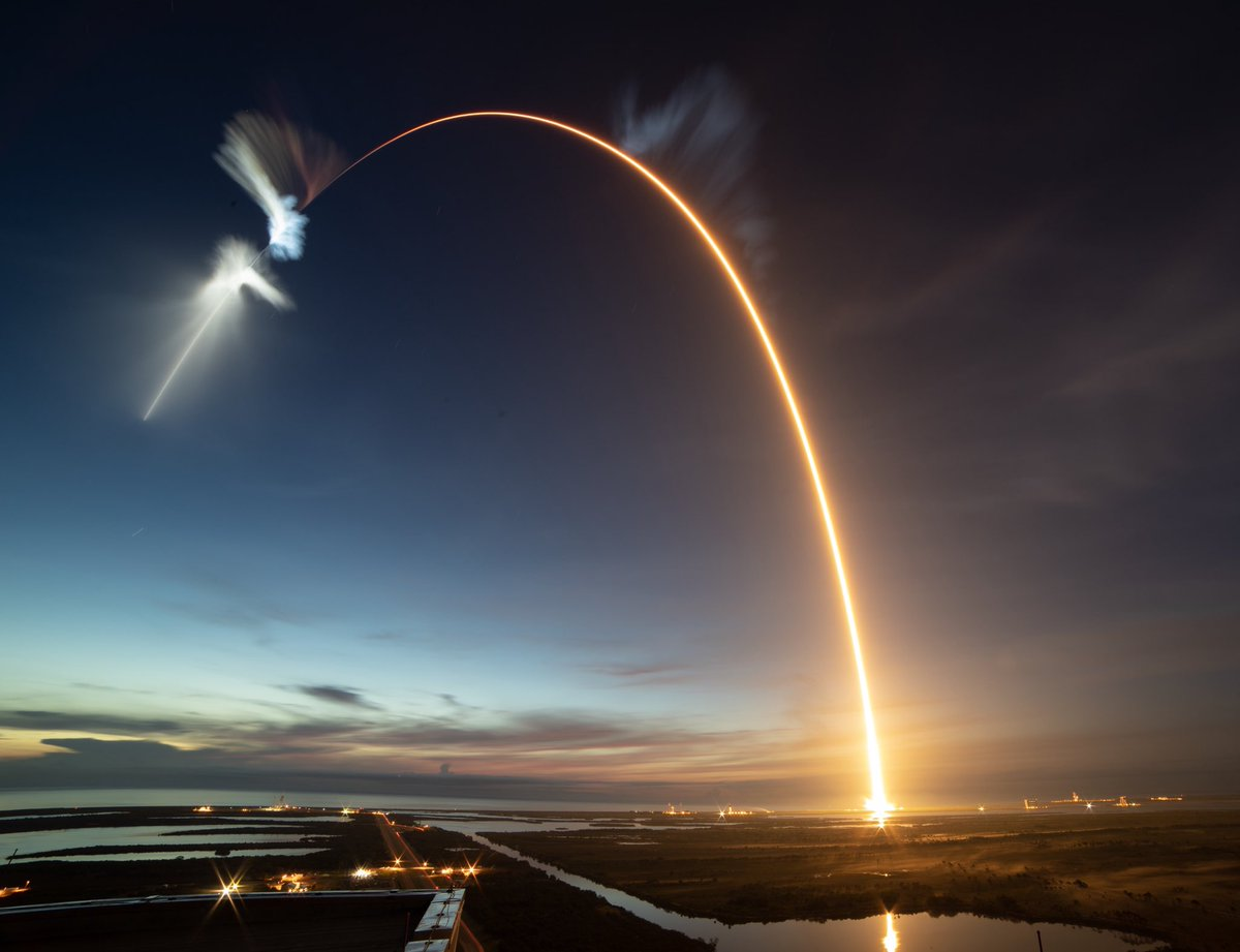 A view of the spectacular show left behind by Friday's Falcon 9 rocket.