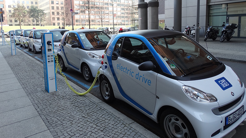 In order to make an impact on carbon emissions reductions, policies about EVs must encourage countries to transition. Photo: Climate Home