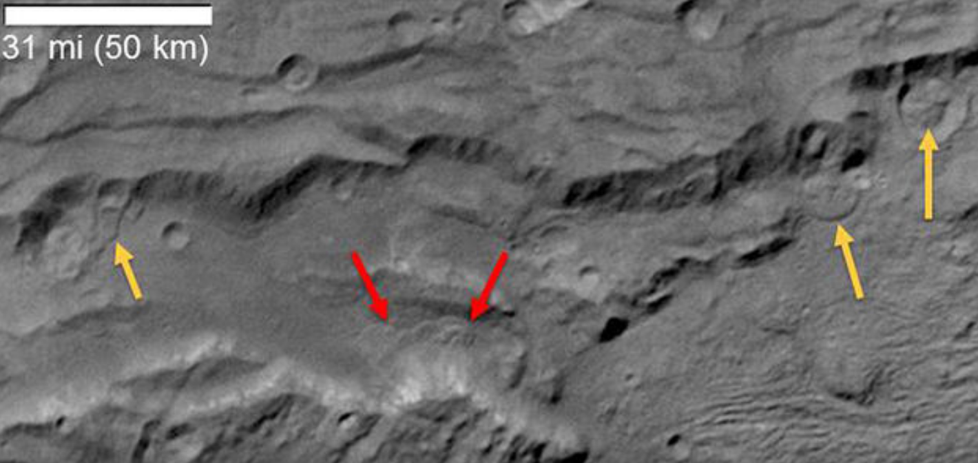 Images from New Horizons show activity on Pluto's surface.