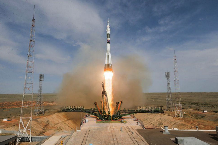 An image of the Soyuz rocket taking off just before it failed.