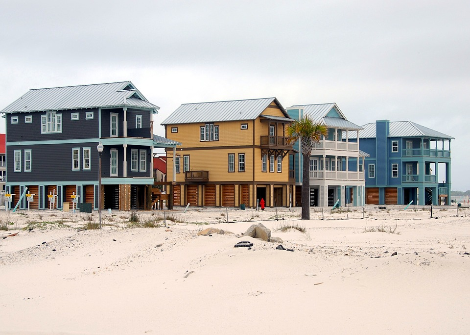 The difference between believing and acting is significant when it comes to coastal homeowners' preparation for climate change. Photo: Pixabay