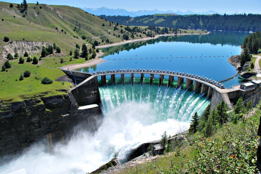 Costa Rica generates much of its energy from hydropower. Photo: Geek magazine