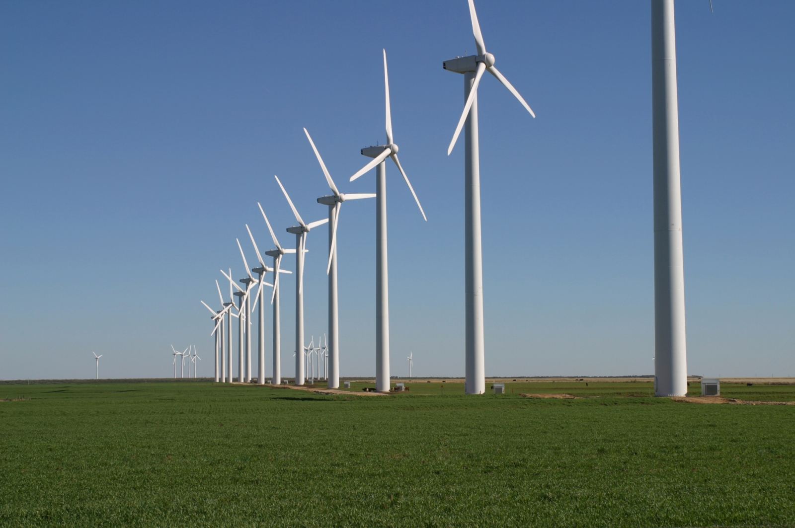 Residents living near to wind turbines report annoyances for their quality of life related to the presence of turbines. Photo: National Observer