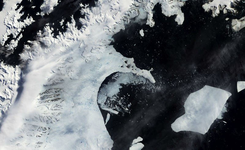 Ice shelf loss from Larsen B in 2002. Credit: NASA Goddard Space Flight Centre