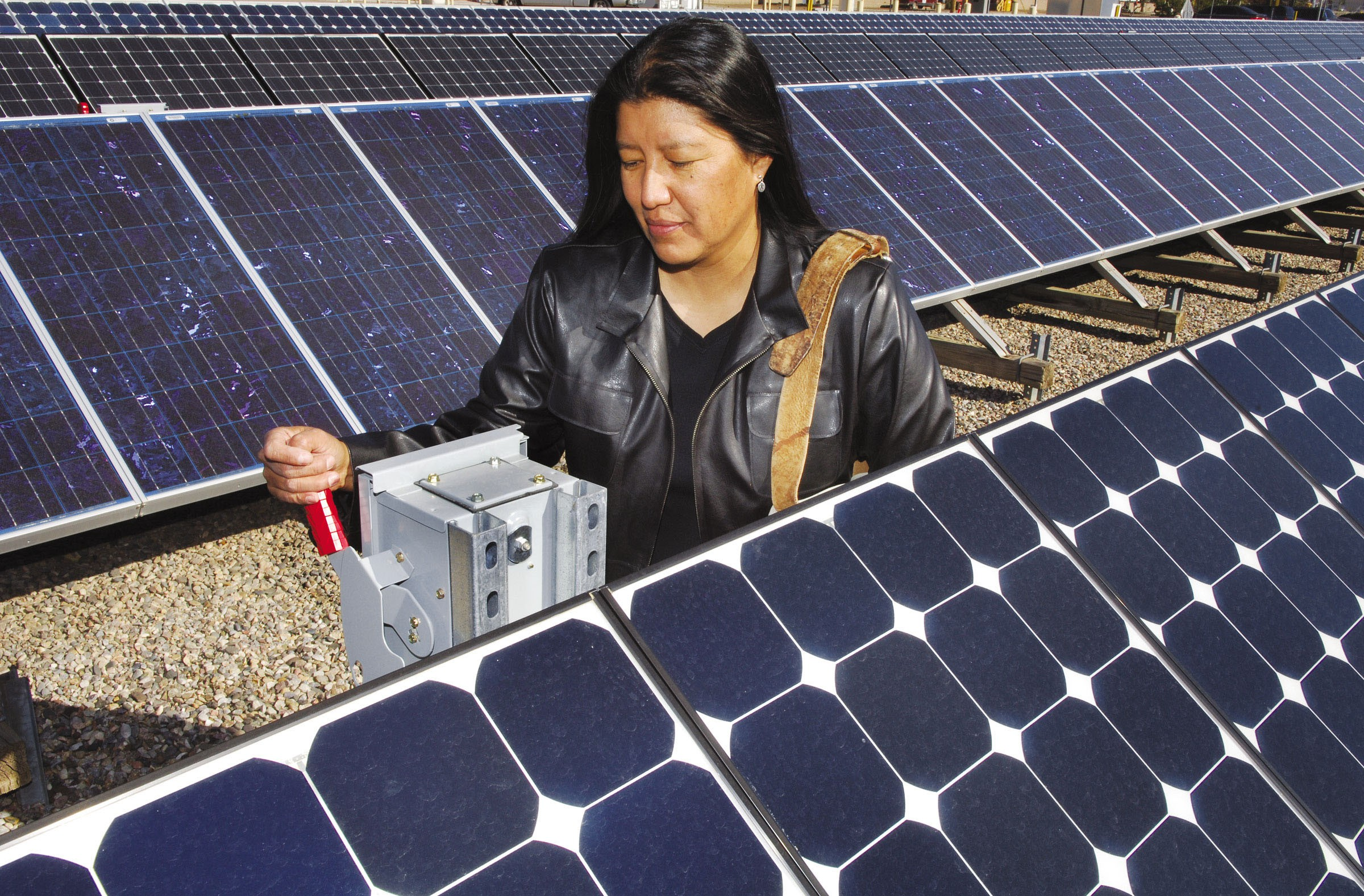 The project will also provide jobs for Navajo. Photo: Microgrid Media