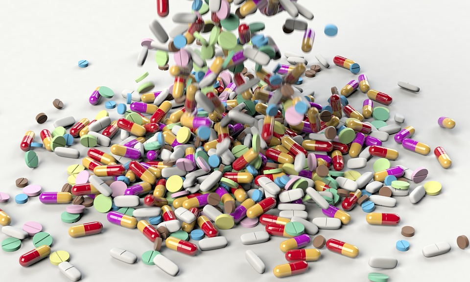 New research links antibiotic use to bowel cancer. Photo: Pixabay
