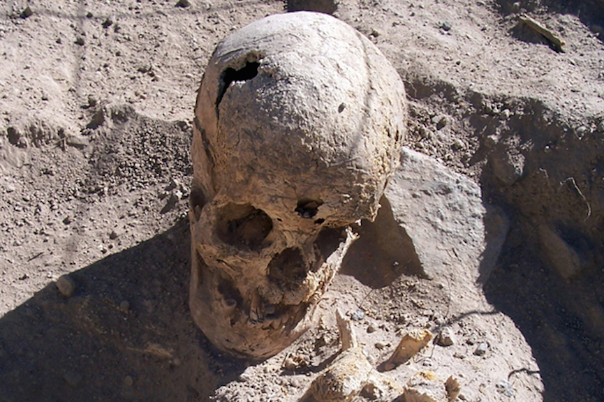A burial of a young woman found in the middle of a tomb in Peru's Cotahuasi Valley.